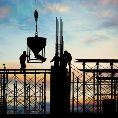 Silhouette einer Stahlbaukonstruktion